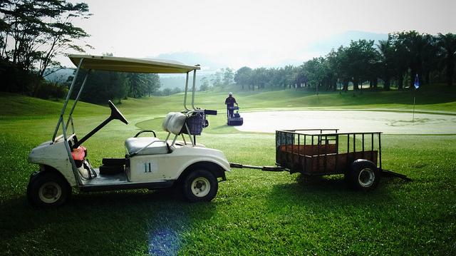 golf_course_worker